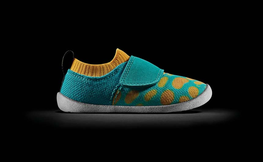 Vivid blue colourings adorn this shoe inspired by the Spotted Filefish.