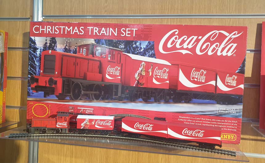 Hornby has teamed with Coca-Cola for a train set that dials up the latter's popular Christmas advertising.