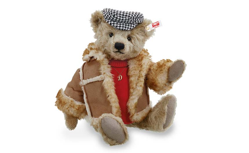 The Steiff 'Del Bears' are a limited edition of 3,000 and are priced at £275.