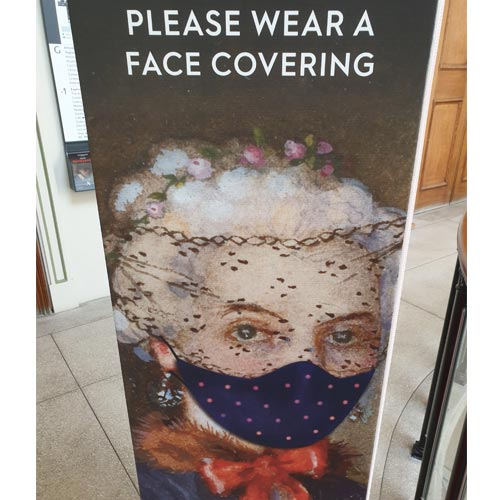 The works of art were setting a good example on face coverings at the Ashmolean.