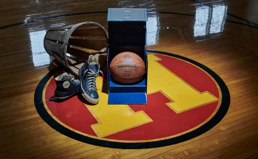 To mark the 125-year anniversary of the Spalding brand, the company introduced a limited edition remake of the original basketball.