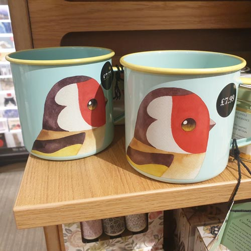 It was encouraging for Ian to see Waterstones supporting brands such as Matt Sewell's I Like Birds with gifting.